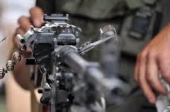 """Российские наемники и боевики """"ЛДНР"""" атакуют по всей линии фронта на Донбассе: трое бойцов ВСУ были ранены"""