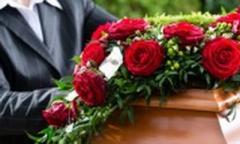 Через неконтролируемые пункты пропуска с РФ несут гробы с венками