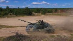 """ВСУ показали """"убийцу"""" вражеских танков Т-72АМТ, поражающего цель на расстоянии 5 км. ВИДЕО"""