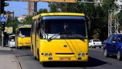 В Донецке водителей маршруток обязали «крутить» Кобзона