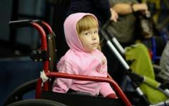 Оздоровить под обстрелами! Украинских детей с инвалидностью заманивали в оккупированный Луганск для «оздоровления»