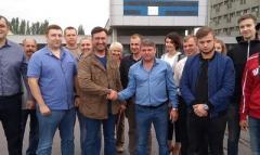 «Голуби русского мира»,— украинские политики поехали в ОРДЛО «вести народные переговоры»