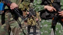 Мужчинам из ОРДЛО запретили выезжать в Россию