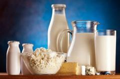 Треть фальшивок: украинцев предупредили о поддельной молочке