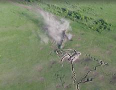 БМП и зенитка боевиков разлетелись на мелкие ошметки: мощные кадры точного удара ВСУ на Светлодарской дуге