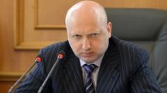 Турчинов анонсировал новые санкции против организаторов «выборов Л-ДНР»