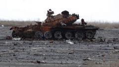 """Подрыв 9 танков """"ДНР"""" под Торезом: Стало известно, что именно произошло на полигоне. ВИДЕО"""