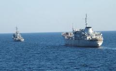 Украинские военные корабли продолжат проходить через Керченский пролив