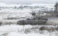 Боевики разместили танки на Луганском направлении, - СЦКК