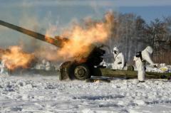 Окупанти обстріляли українських військових під Красногорівкою, втрат немає