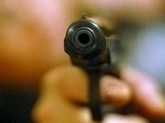 Возле кафе в Мариуполе открыли стрельбу: двое раненых