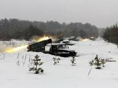 Боевики «ЛНР» стягивают танки, РСЗО, гаубицы