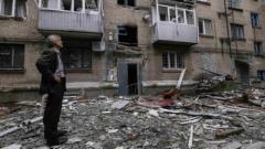 В Донецке в результате обстрела повреждены жилые дома