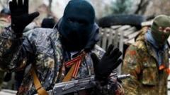 В Харцызске, в людном месте, боевики «ДНР» устроили разборки со стрельбой