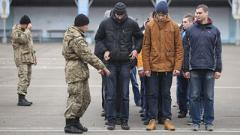 На выборах будут ловить уклонистов от армии, - СМИ