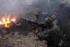 """Режиму перемирия пришел конец - враг """"выкатил"""" на линию фронта 120-мм артиллерию и ракетные комплексы"""