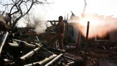 Боевики усилили обстрелы на Донбассе: погиб украинский военнослужащий, еще восемь ранены. ВИДЕО