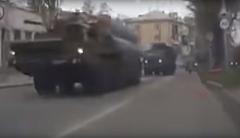 На улицах Севастополя заметили колонну военной техники Путина. ВИДЕО