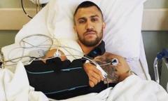 У Ломаченко диагностировали вывих руки