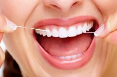 Зубная нить может спровоцировать в организме необратимые процессы