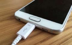 Вот почему ваш телефон разряжается так быстро: полезные советы