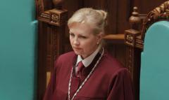 Новая глава Конституционного суда просидит в кресле недолго: озвучена причина