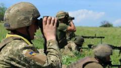 Боевики ударили под Марьинкой: боец ВСУ ранен, оккупанты считают потери