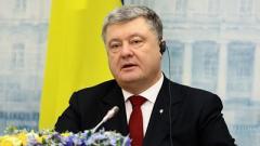 Порошенко считает, что Зеленский фактически приглашает российские войска на Донбасс