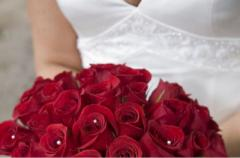 Мужчина встретил будущую жену, навещая два года могилу незнакомца