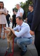 Олег Ляшко пришел на работу в Раду со своей собакой