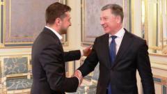 Зеленский и Волкер договорились о том, как завершить отвод вооружения на линии соприкосновения