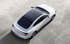 Hyundai представила автомобиль на солнечных батареях