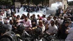 Массовые столкновения в Иерусалиме: полиция применила светошумовые гранаты