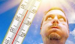 Аномальная жара атакует Украину: температура взлетит до +35, но это еще не все
