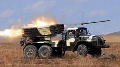 Члены НВФ ОРЛО стянули в зоне ООС десятки «Градов» и танков