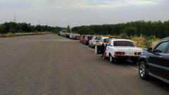 Ситуация на КПП ОРДО: «Через Горловку лучше не ехать, на Каргиле пускают 2 машины в час, на Пищевике море машин»