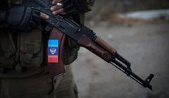 Родители восстали: боевики «ЛНР» хотят отнять у детей школу и превратить ее в казарму