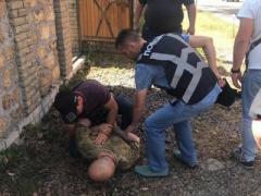 Под Киевом подозреваемый при задержании пытался взорвать полицейских гранатами