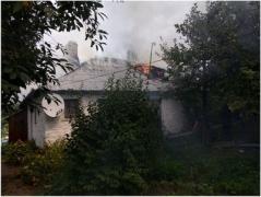 В Антраците при пожаре пострадала 50-летняя женщина
