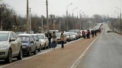 """Ситуация на КПП ОРДО: «В Еленовке пропускают по 2-3 авто в 20 минут, в Горловке и на """"Каргиле"""" адские очерди»"""