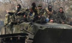 Боевики «ЛНР» размещают бронетранспортеры в жилых районах Кадиевки