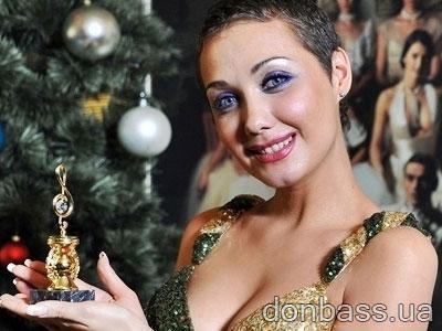"""""""Мисс Украина Вселенная-2010"""": Евгения Власова - самая красивая певица года"""