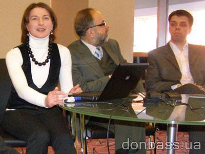 Надежда Ткачик, Славомир и Матеуш Чепелевские презентуют портал с потенциальной аудиторией  700 миллионов человек.