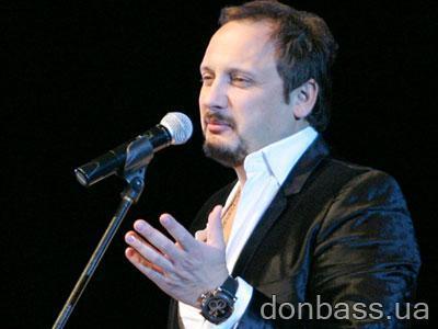 Стас Михайлов превратил свой концерт в караоке