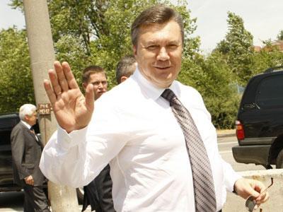 Виктор Янукович в юбилей будет есть вареники с вишней
