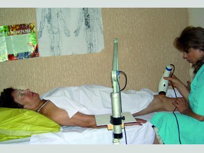 Дончанку Алину К. боль в коленях мучила с детства.