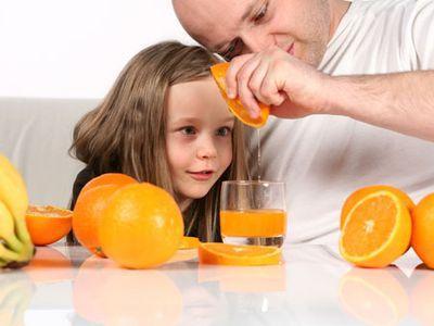 Питание ребенка: ТОП-5 заблуждений о соках
