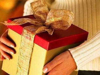 Этикет подарков — что можно и что нельзя дарить