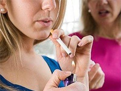 Женский организм умеет защищаться от пассивного курения