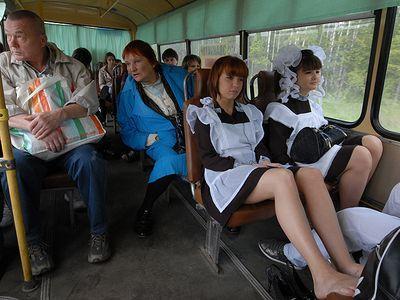 Студентам и школьникам продлили льготы на проезд в городском транспорте